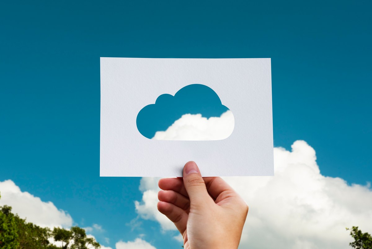 Cloud and Paperless Accounting (Photo by rawpixel.com from Pexels)